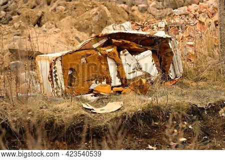 Old Washing Machine Abandoned In A Suburban Rubble