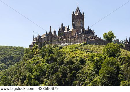 Cochem, Germany, June 13, 2021. Beautiful View Of The Hilltop Castle (reichsburg Cochem) In The Tour