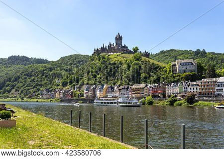 Cochem, Germany, June 13, 2021. Beautiful View Of The Hilltop Castle (reichsburg Cochem) And Old Tow