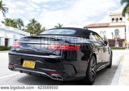 Palm Beach, Florida Usa - March 21, 2021: Black Mercedes Benz S 560 Awd 4matic Luxury Cabriolet Car