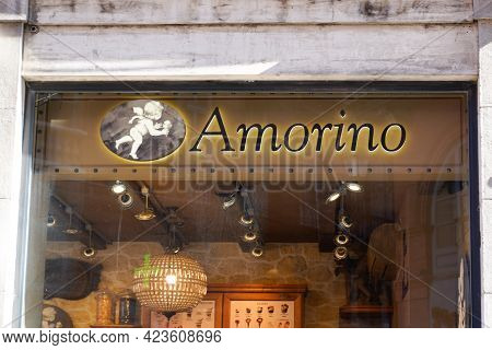 Perpignan , Occitanie France - 06 06 2021 : Amorino Logo Brand And Text Sign Of Italian Cafe Of Ice