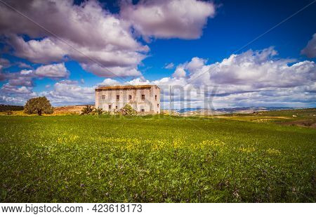 Beautiful Sicilian Landscape, Caltanissetta, Sicily, Italy, Europe