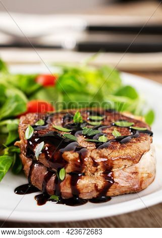 Beef Fillet With Green Salad And Cherry Tomatoes