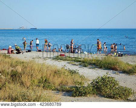 People On The Shore Of The Caspian Sea. Kazakhstan. Mangistau Region. Aktau 23 August 2019 Year.