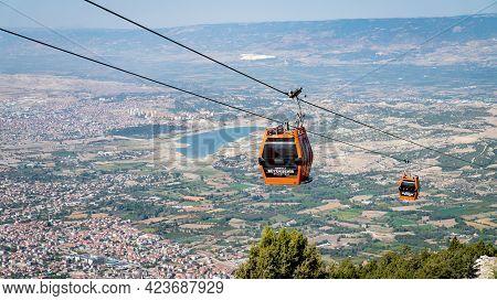 Denizli, Turkey - October 2019: Denizli Teleferik Cable Car Transporting Passengers Between Denizli