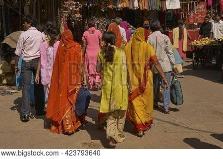 Pushkar, Rajasthan, India - November 6, 2008: Street Scene In Pushkar During The Annual Pushkar Fair