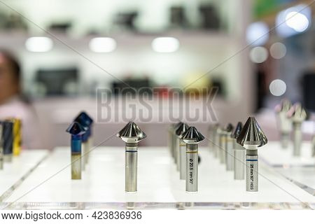 Conical Countersink Cutter Machining Drilling Bore And Chamfering End Mill For Cnc Machine Center Ma