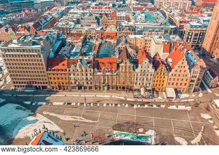 Wroclaw, Poland 02.15.2021 - Aerial View Of The City Of Wroclaw. Rows Of Historical Houses In The Ol