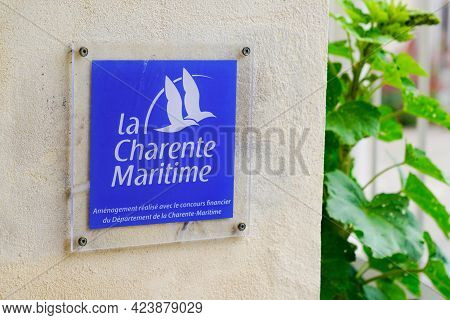 Jonzac , Aquitaine France - 06 06 2021 : Charente Maritime Plate Blue Logo Brand And Sign Text Of Fr