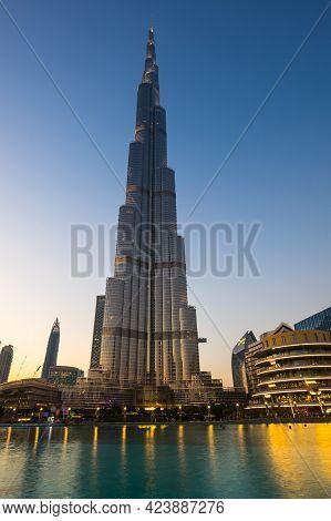Dubai, United Arab Emirates - 04 December, 2018: View Of  Dubai Mall In The Center Of Dubai, United