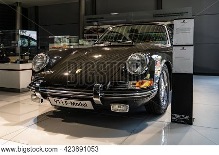 Wroclaw, Poland - July 18 2020: Exhibition Of Classic Models At Centrum Wrocław