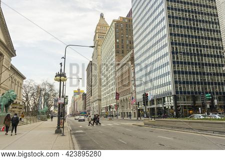 Chicago, Illinois - April 23,2018 : The View Of North Michigan Avenue Of Downtown Chicago,usa On Apr