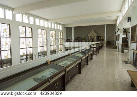 Ayutthaya, Thailand - April 2,2019 : Interior View Of Chao Sam Phraya National Museum In Ayutthaya,
