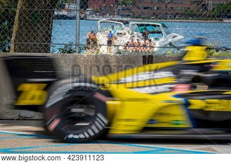 June 13, 2021 - Detroit, Michigan, USA: COLTON HERTA (26) of Valencia, Canada races through the turns during the  race for the Chevrolet Detroit Grand Prix at Belle Isle in Detroit, Michigan.