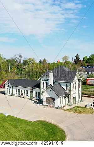 Woodstock, Ontario/canada- May 25: An Aerial Vertical Of An Old Train Station In Woodstock, Ontario,