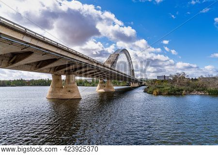 The Lusitania Bridge Built In 1991 Over The Guadiana River In Merida, Extremadura, Spain. It Was Des