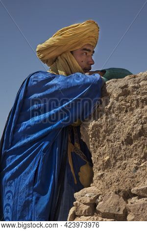 Ait-ben Haddou, Morocco. 29 September 2017. Local Man In Traditional Clothing In Kasbah Ait Ben Hadd