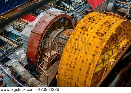 Wet Autogenous Grinding Mill. Mining And Processing Plant.