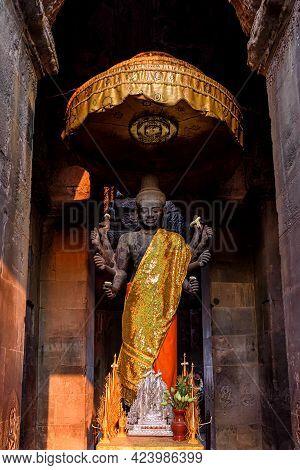 Ancient God Vishnu Statue At Angkor Wat, Siem Reap, Cambodia. Vishnu Is A Hindu God