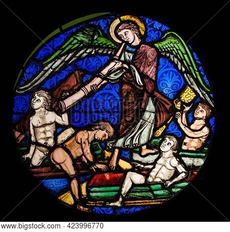Paris, France Oct 3 2015: Stained Glass Window From The Middle Ages In The Cluny Museum. This Is An