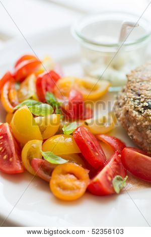 Chicken With Tomato Salad