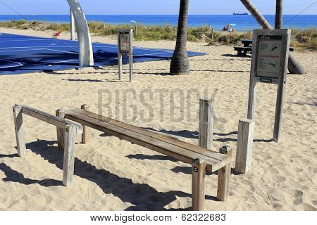 Sit Up, Leg Raise Station