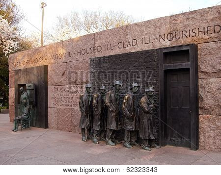 The Breadline Sculpture At Fdr Memorial