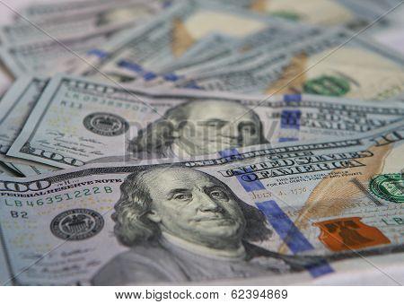 Money - Hundreds (New)