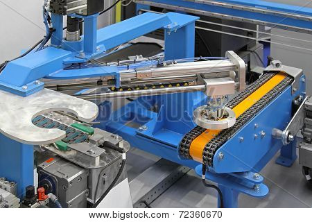 Robotic Conveyor System