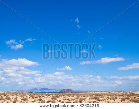 Fuerteventura, View Towards Isla De Lobos And Lanzarote