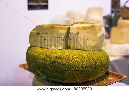 Pistachio Nut Cheese