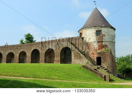 THE WHITE TOWER OF THE CITADEL OF MONTREUIL ON SEA, PAS DE CALAIS, THE NORTH OF FRANCE