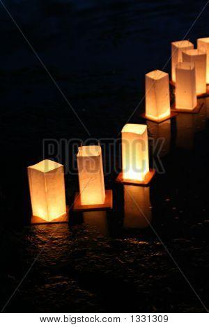 Lanterns_Close