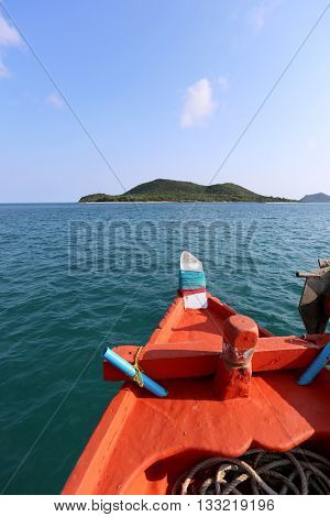 head of ship in sea and heading straight to the islands on fine Weathertourist destinations in Thailand.
