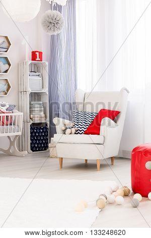 Kid Room In Trendy Nautical Style