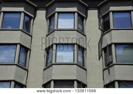 Bay windows on the exterior of a generic apartment building in San Francisco California.