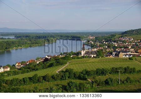 Nierstein is a town belonging to the Verbandsgemeinde Rhein-Selz in the Mainz-Bingen district in Rhineland-Palatinate, Germany.