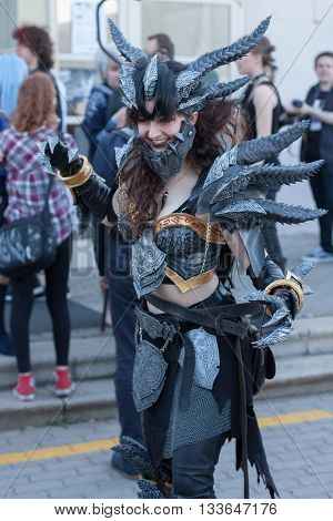 Cosplayer Dressed As The Character Neltharion , Deathwing