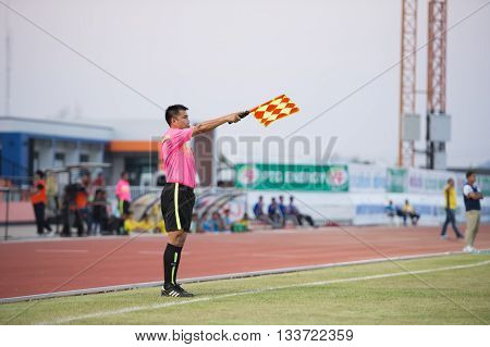Prachuapkirikan Thailand-mar9,2016: Lineman Assistant Referee Competition During Prachuap Fc Vs Rayo