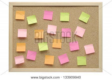 Tablero de corcho y notas post-it posit