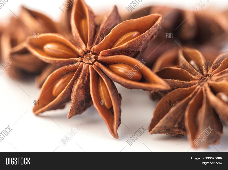 star anise health benefits - 650×433