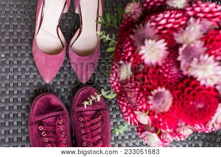 Wedding Heels Vs Bridal Sneakers. Red Wedding Bridal Accessories: Bridal Heels And Sneakers Of Marsa