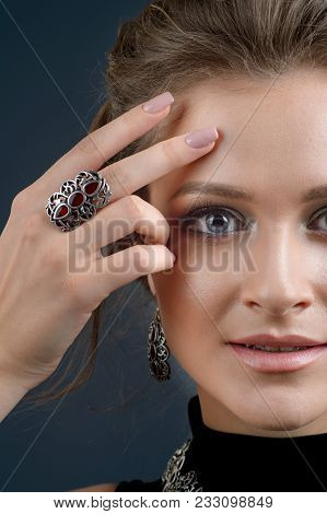 Fashion Woman With Jewelry Set. Girl With Fashionable Jewelry Earrings And Ring