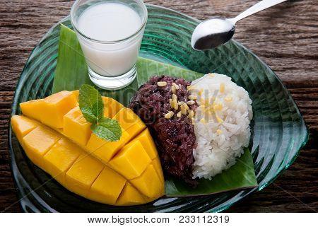 Mango With Sticky Rice In Thai Style Dessert.