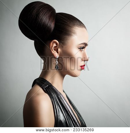 Fashion Portrait Of Beautiful Woman Fashion Model With Hair Updo, Perfect Makeup And Hands With Mani