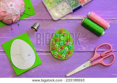 Lovely Easter Egg Decor With Floral Pattern. Felt Egg Decor, Scissors, Paper Template, Thread, Thimb