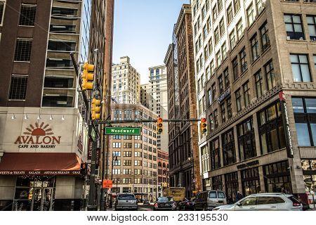 Detroit, Michigan, Usa - March 20, 2018: Heavy Traffic Along Woodward Avenue In Downtown Detroit, Mi