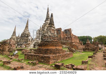 The Three Chedis Of Wat Phra Si Sanphet Ayutthaya, Historical Park  Has Been Considered A World Heri