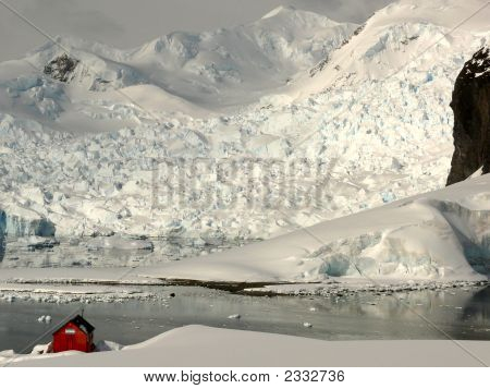 Alimirante Brown Station, Antarctica