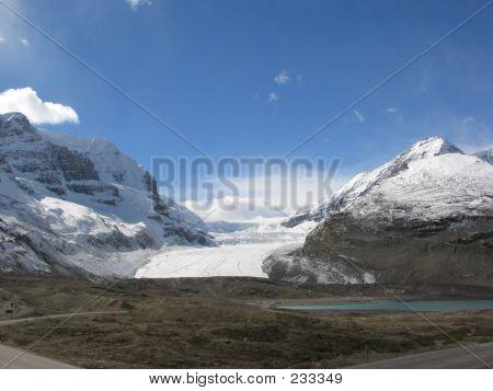 22a Athabasca Glacier And Sunwapta Lake  Jasper National Park Alberta Canada